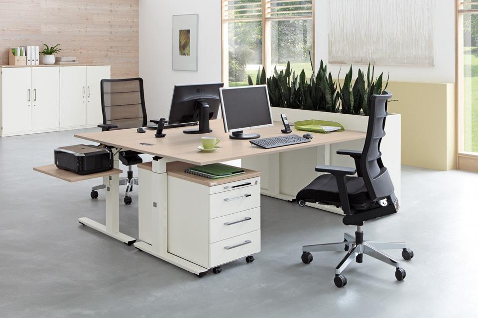 Balmberg Büromöbel
